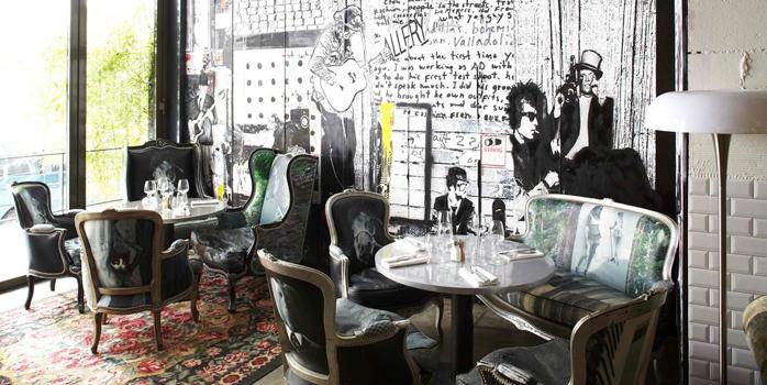 Le Renoma Cafe Gallery, un restaurant d'art et d'artistes branchés