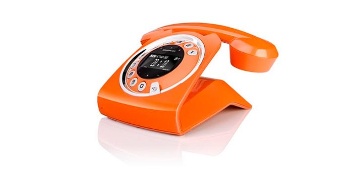 Look rétro pour le téléphone Sagemcom Sixty