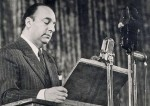 pablo-neruda-en-lecture-publique-lors-de-sa-visite-en-urss-en-1950